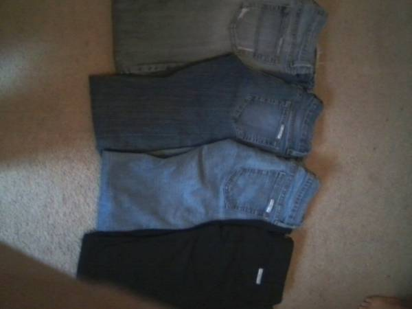 bag of womens teens clothes (GREAT DEAL) - $50 (sugarland)