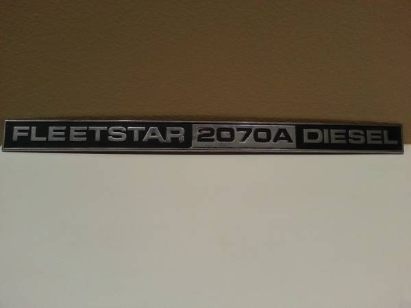 Old Metal Decal Sign 18 Wheeler BIG TRUCK Fleetstar 2070A Diesel Sign - $50 (Deer Park 77536)