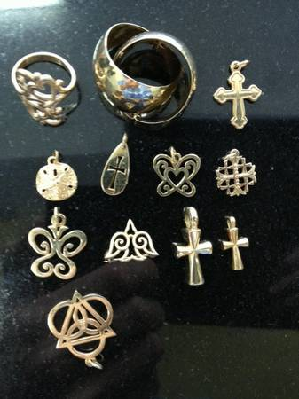 James Avery Gold Charms (Houston)