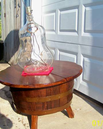One of a kind WOODEN HALF WHISKEY BARREL COFFEE TABLE ( city of South Houston,  Texas 77587)