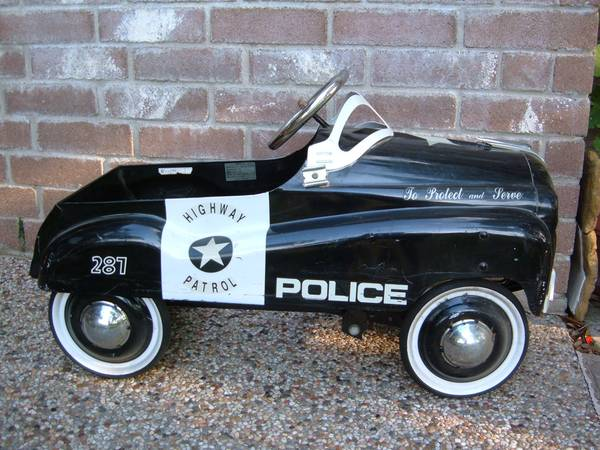 span classstarspan Pedal (Police) Car by Burns Novelty - $150 (Humble)