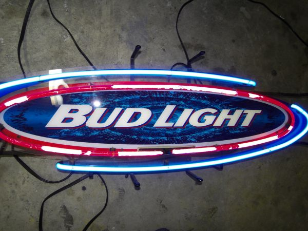 Large 36 Bud Light Beer Neon sign MAN CAVE - $110 (Spring, TX)