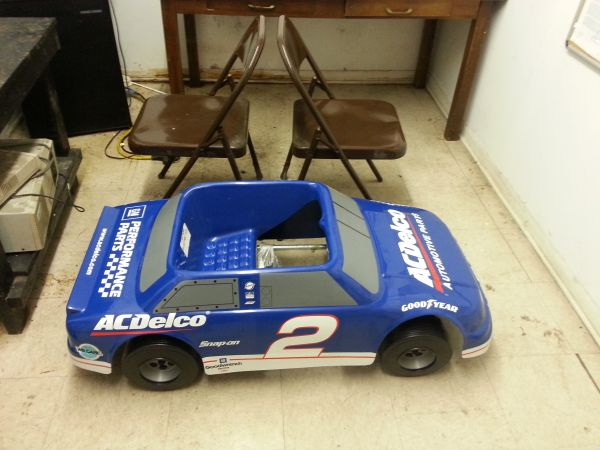 dale earnheardt jr pedal car acdelco - $150 (baytown)