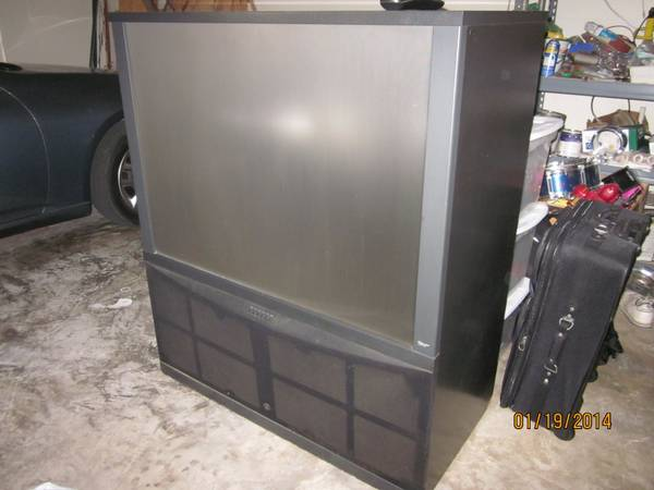 Big TV For Sale...Pearland - x0024100 (Pearland)