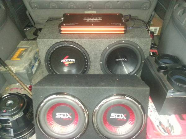car audio subs,  subwoofers,  box,  (humble)