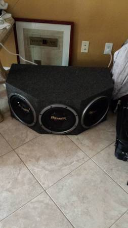 Pioneer Premier 3 x12 Subs with enclosure - $120 (Alief)