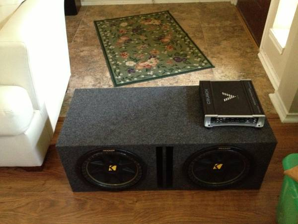 Crunch Ground Pounder Amp Subs - $300 (League City)