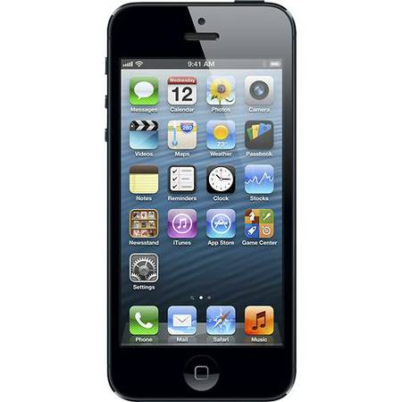 Iphone 5 Black 16gb Unlock ALMOST BRAND NEW - $385 (Cypress, TX)