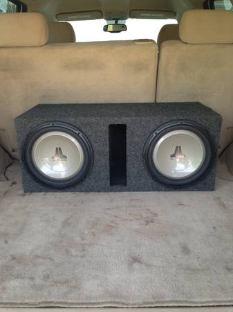 JL Audio 12 subs in ported box - $180 (North West)