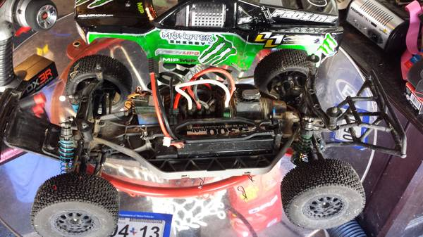 traxxas slash 4wd. race ready - $650 (woodlands. tomball. conroe. willowbrook)