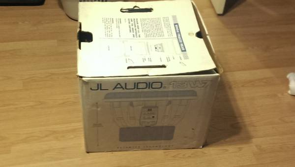 JL AUDIO W7 13.5 - $500 (willowbrook mall area)