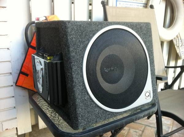 Infinity 10 Subwoofer in box with MTX Thunder Amp - $100 (Houston)