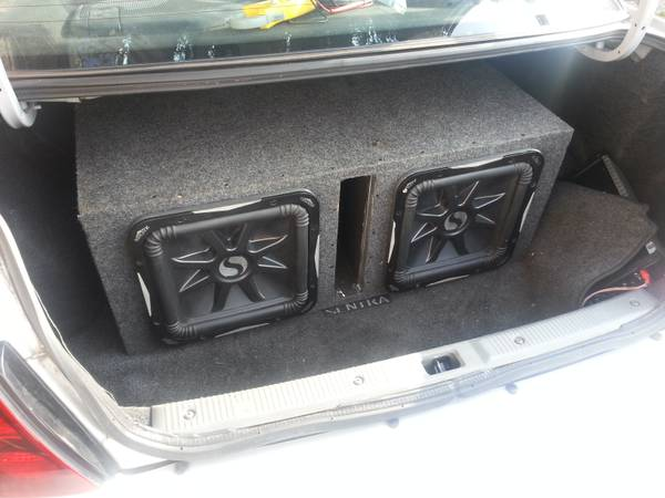 2 used kicker l7 12 1500 watt rms max of 3000 watts cheap wit box (1625 westheimer rd houston tx 77006)