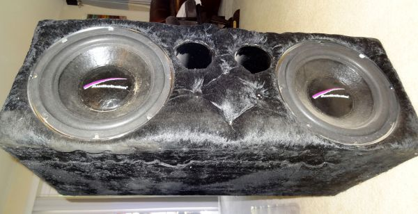 Ported Enclosure with two 12 Audiobahn subs - $50 (Clear Lake 77058)