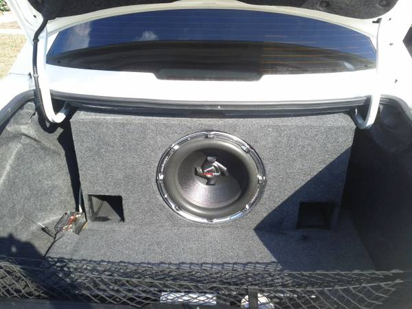 15 AudioPipe Subwoofer w Tuned, Ported Box - $100 (SW Houston)