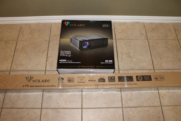 NEW Volare HD-20K Digital LED Projector W 74 Projector Screen (OBO) - $800 (Katy)