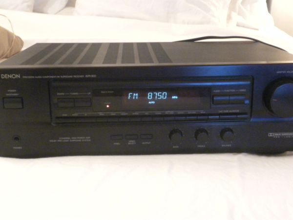 DENON AVR-800 SURROUND SOUND DOLBY PRO LOGIC RECEIVER HOME THEATER - $120 (montrose)