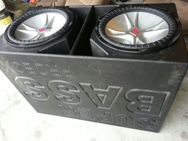 CHEAP (2) KICKER 15s CVR WITH A SUPER BASS PROBOX LOUD - $200 (HOUSTON $200 FOR ALL)