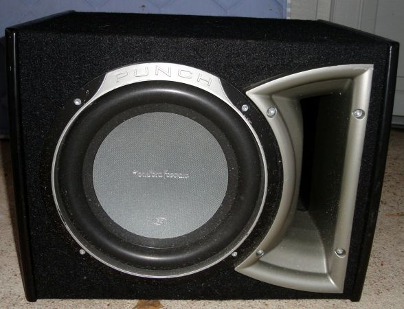 10 Rockford Fosgate Punch Stage 2 10 Ported Enclosed Subwoofer - $75 (Spring, Tx)