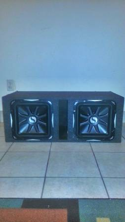 2 subwoofer kicker 12 l7 best sub cheap ( alpine jl 10 box) - $200 (8406 sonneville dr houston tx 77080)