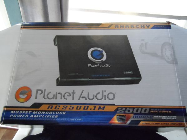 pioneer stereo mp3 planet audio 2500 watts - $1 (baytown)