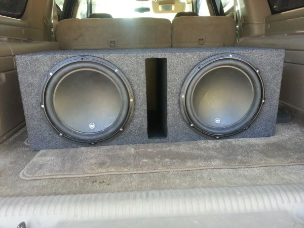 JL audio w3 12 subs with ported box - $350 (East Houston)
