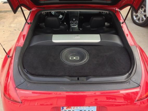 350z custom ported box and DC level 2 12quot sub - $300 (Montgomery)
