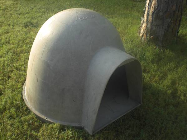 Dogloo Igloo Dog House - $50 (Magnolia 77355)