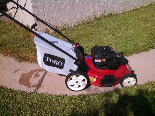 22 TORO Mower Recycler - Self-Propelled - $249 (Cypress)