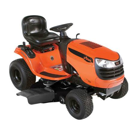 riding lawn mowertractor -almost new - $875 (spring tx)