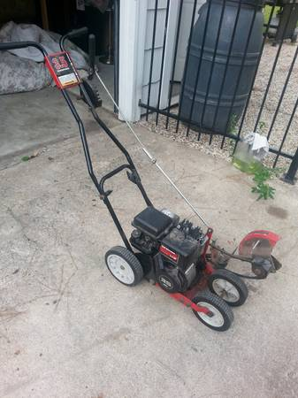 Yard Machines Edger 3.5HP - $70 (Houston)