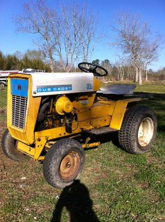 1967 IH CUB CADET GARDEN TRACTOR - $900 (45 SOUTH GALV COUNTY)