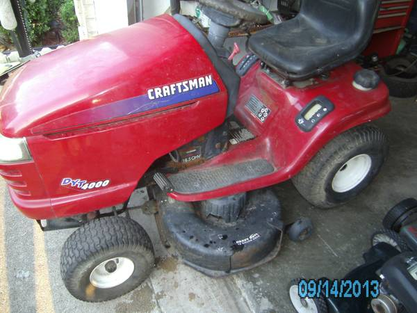 DYT 4000 Craftsman riding mower 18.5 42 - $250 (Pasadena)