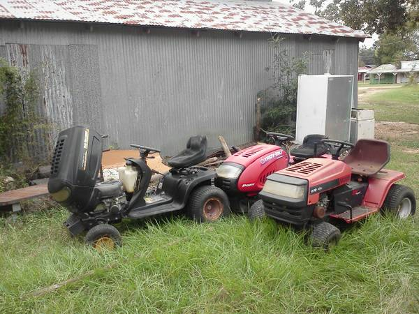 4 riding mower lawn mowers - $200 (clevelandconroe)