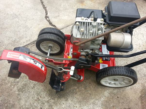 mtd yard machine 3.5 hp edger - $110 (houston 77022)
