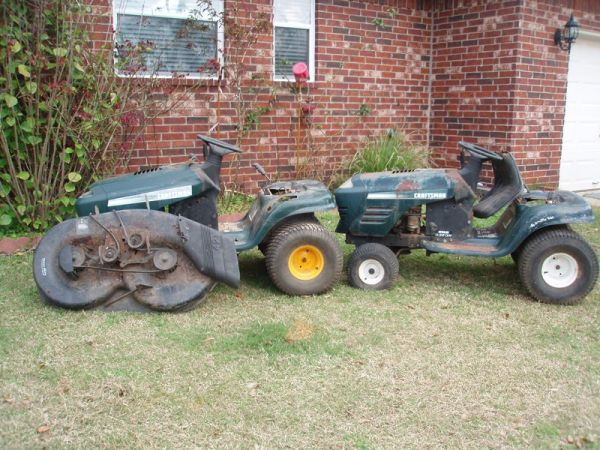 Craftsman Riding mower parts (Brazoria)