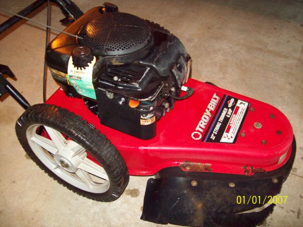 Troy Bilt walk behind trimmer - $1 (Palestine TX)