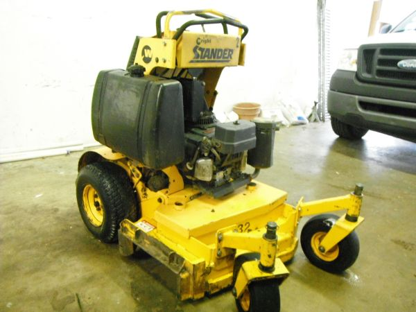 32 Wright Stander, Good Condition Mower - $3000 (Cypress)