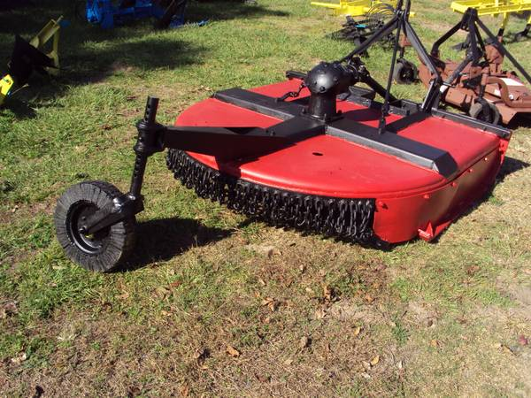 Super heavy duty 3pt 5 foot brush hog mower - $950 (Magnolia)