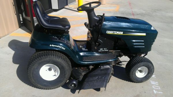 Craftsman Riding Mower - $850 (RichmondSugarland)