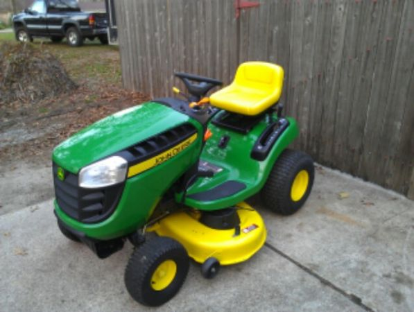$$ 2012 MODEL JOHN DEERE 42 RIDING MOWER $$ - $1175 (WOODLANDS CONROE )