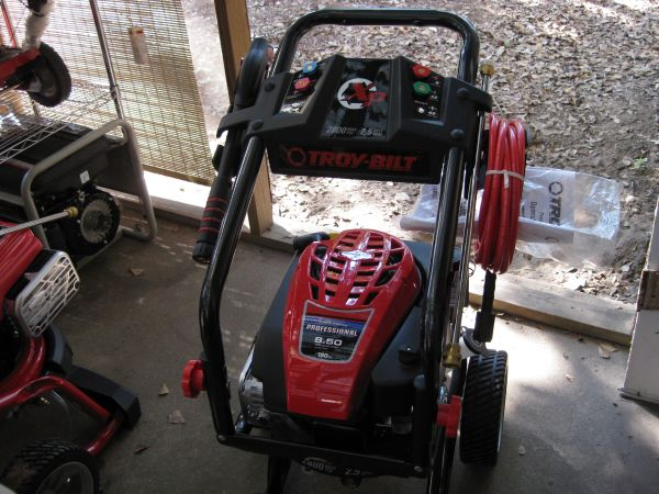 NEW TROY BILT 2800 PSI PRESSURE WASHER - $200 (CONROE WOODLANDS)