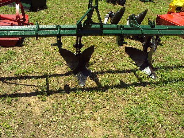 3pt 2 row bedder plow on a tool bar - $295 (Magnolia)