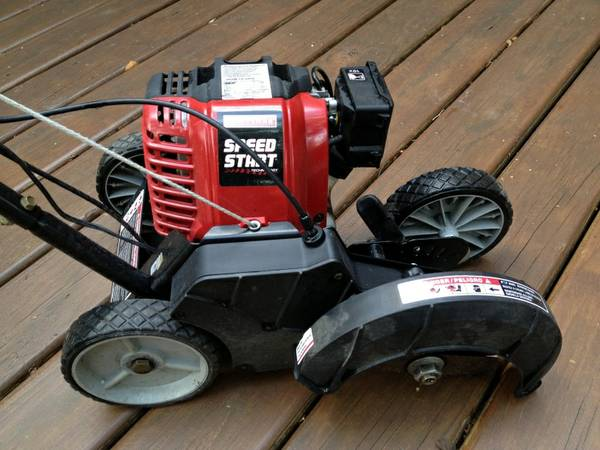 EDGER Craftsman 4-Cycle Wheeled with Speed Start - GREAT CONDITION - $175 (Clear Lake)