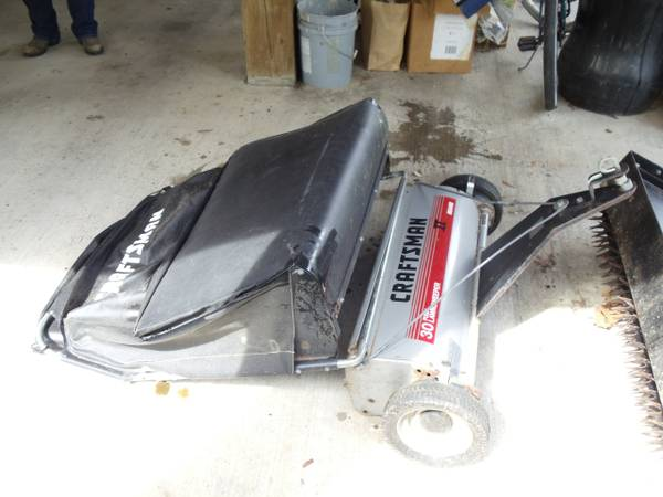 PULL BEHIND LAWN SWEEPER AERATOR - $100 (HIGHLANDS 77562)