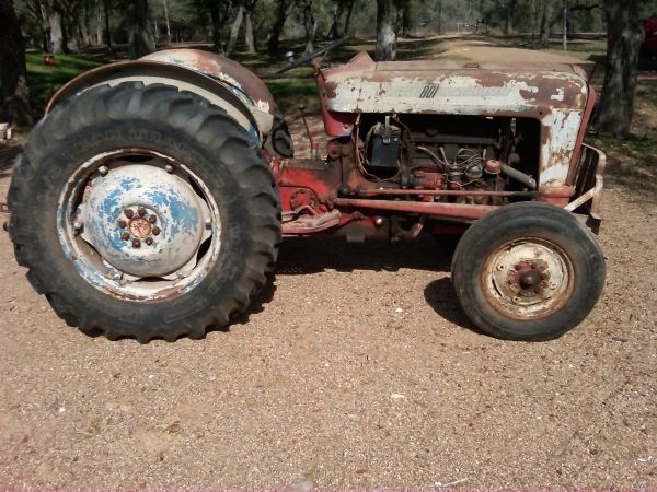 1957 Ford Series 801 Tractor and implements $4,000 - $4000 (Altair, TX)