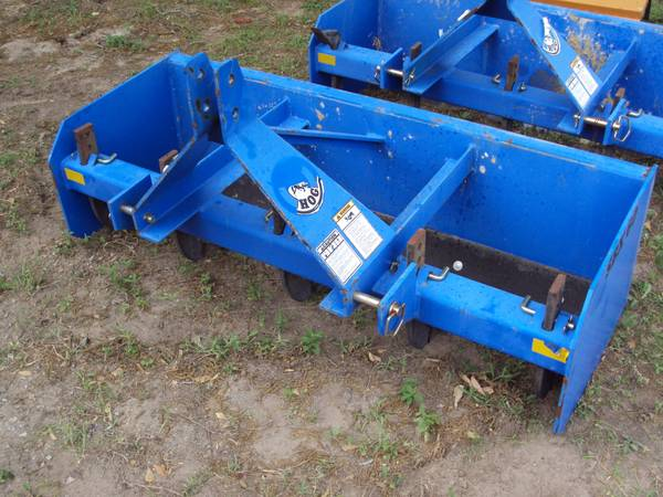 Heavy duty 3pt 5 foot Bush Hog box blade - $625 (Magnolia)
