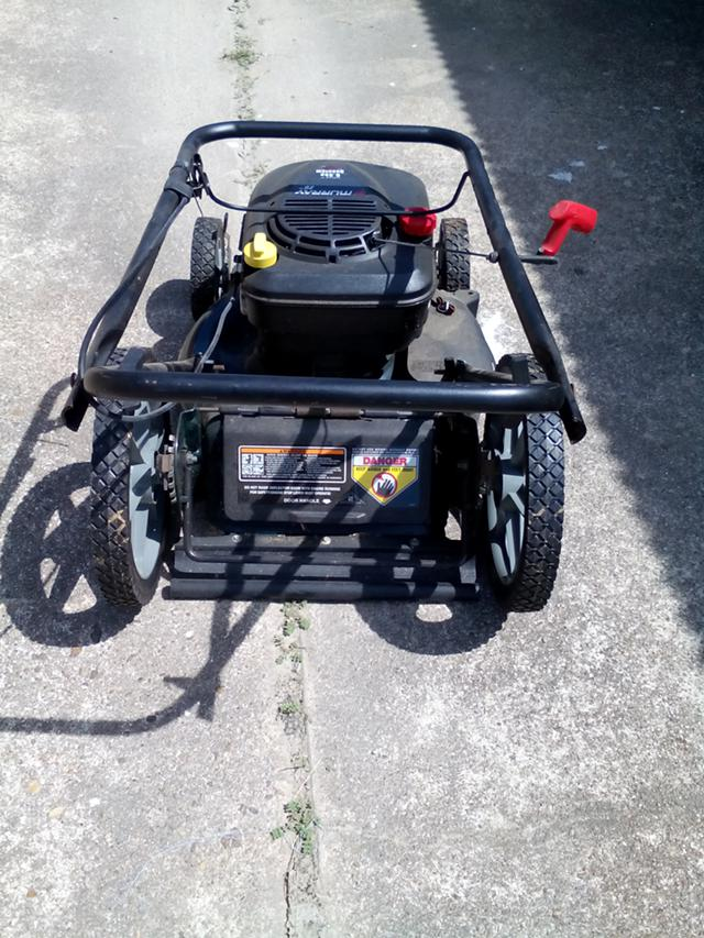 $85, Murray 20 lawn mowers, almost brand new