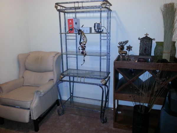 Moving out of State everything must sell before Jan 31 - $1 (Richmond Rosenberg Sugarland area)