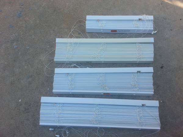 White Faux Wood Blinds, 2 inch Slats - $15 (Katy, Texas)